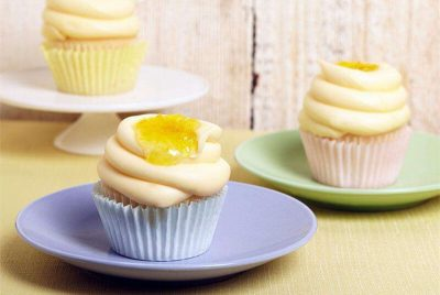 How do you make easy lemon cupcakes