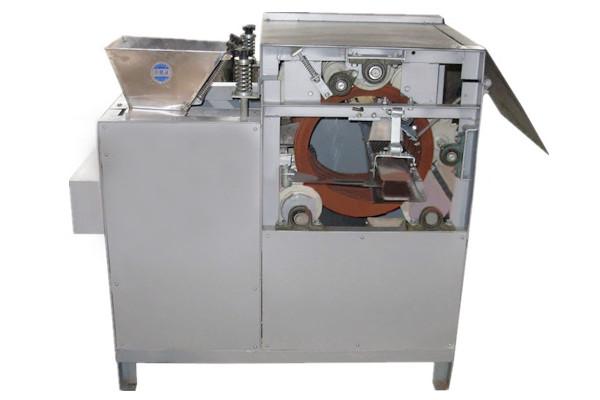 Wet Type Peanut Peeler Machine