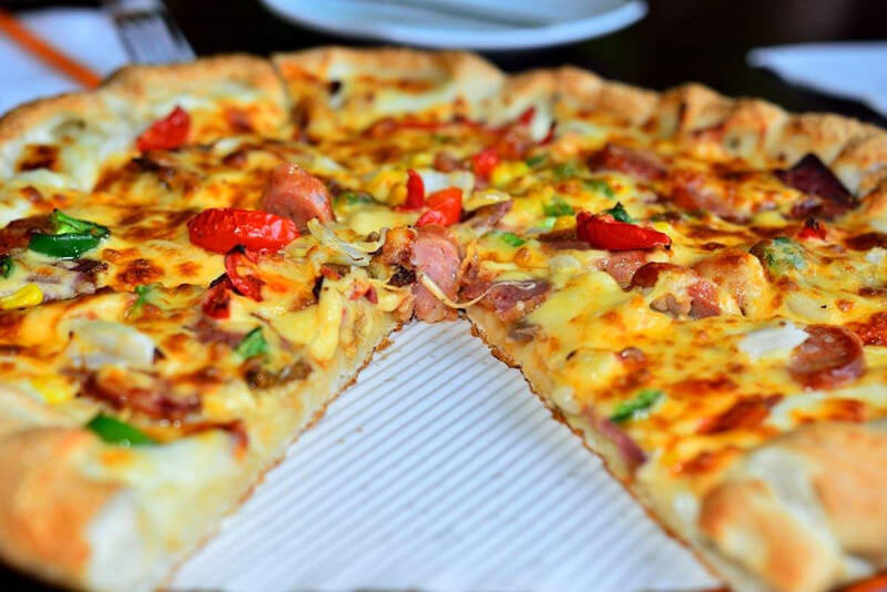 cheese pizza with peanut bacon